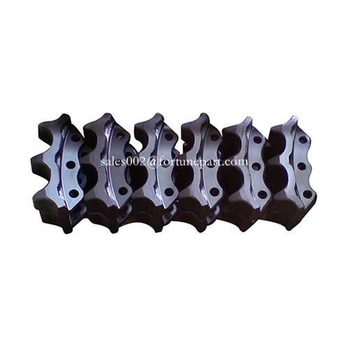 Tractor undercarriage final drive sprockets